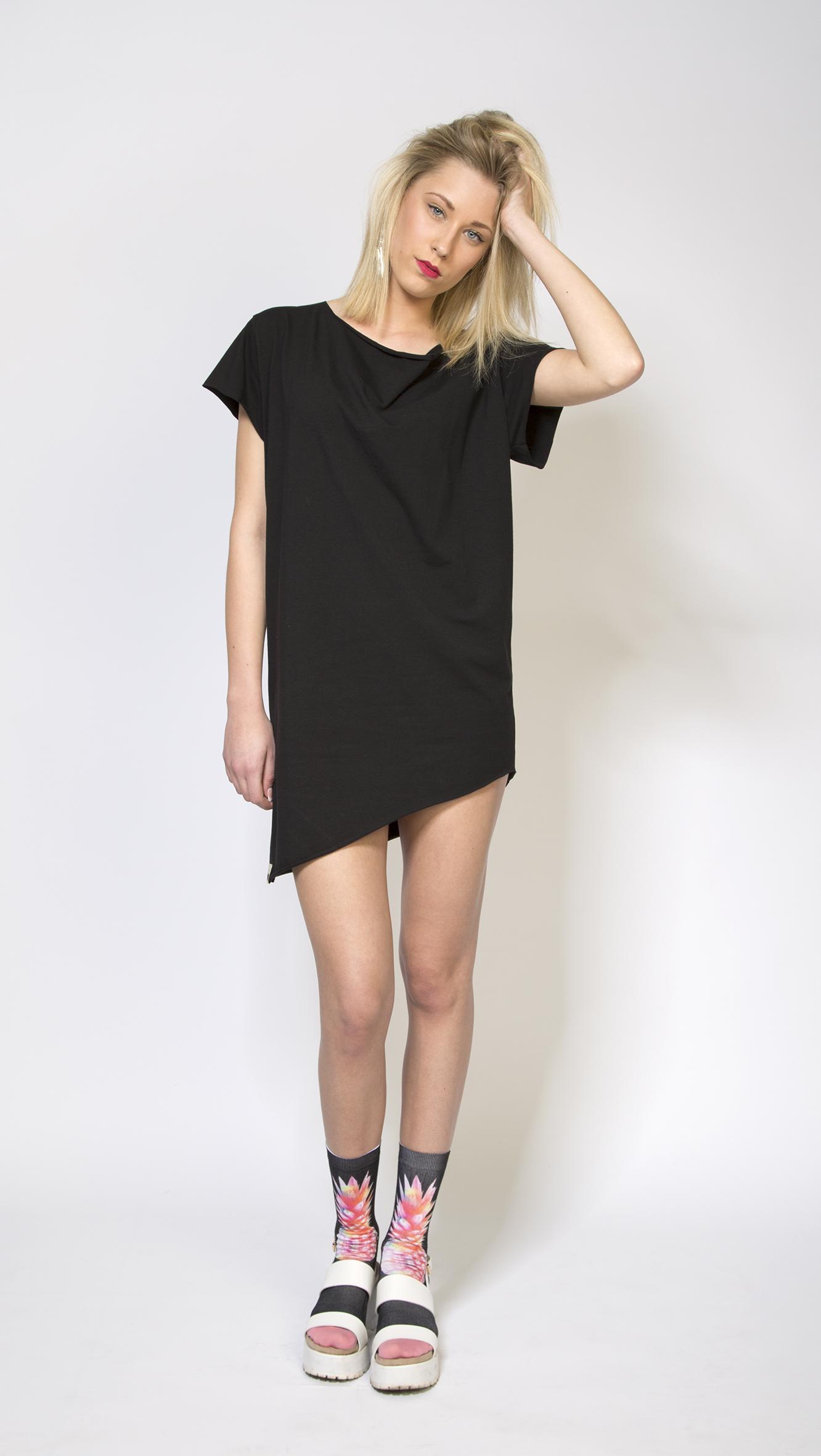 03_Shirt_ZABI_female_schwarz_m